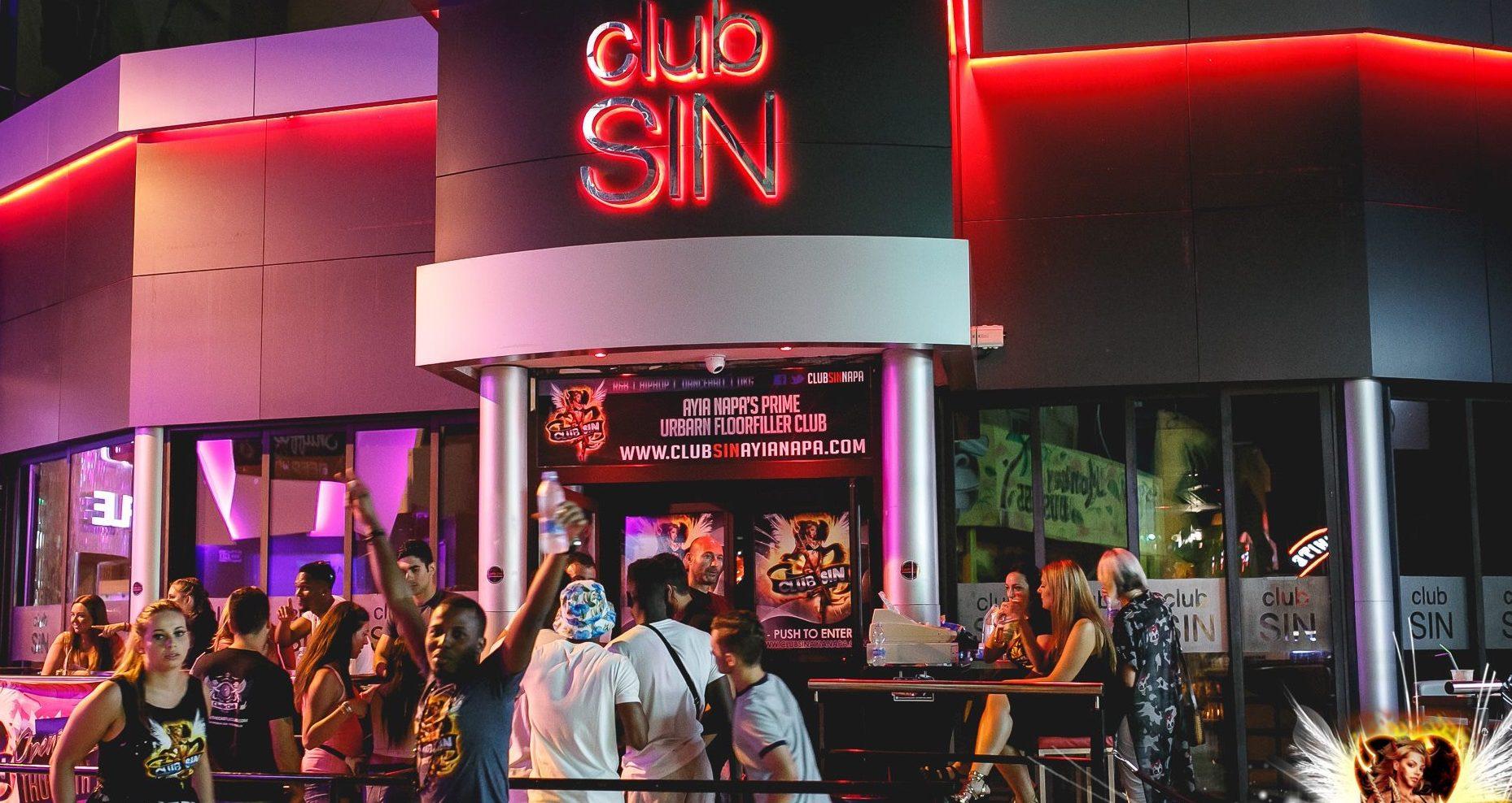 CLUB SIN