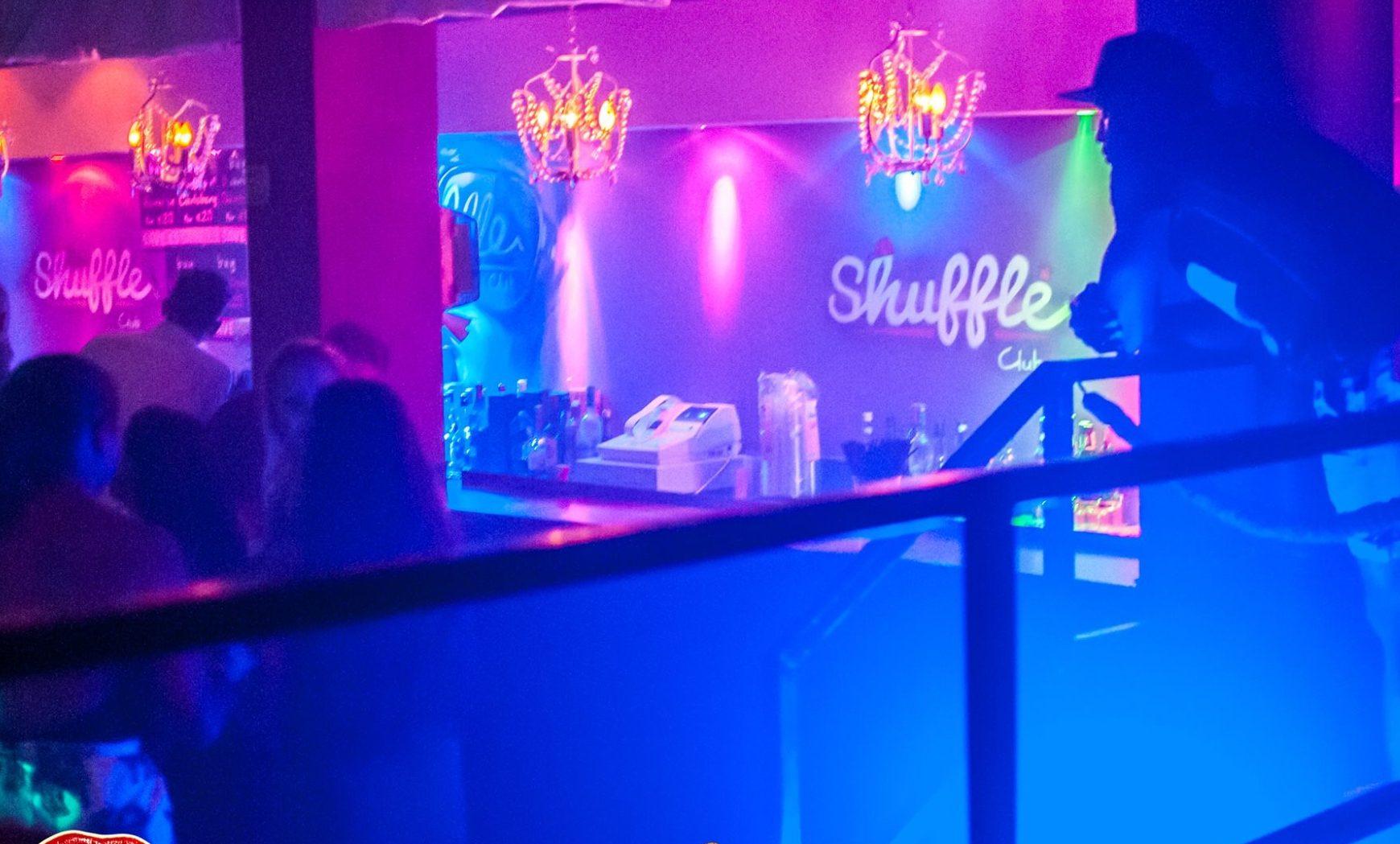 FLIRT @ CLUB SHUFFLE